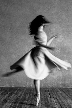 Anita Pudikova ballerina with The Bolshoi ballet, 2016 - by Alexander Yakovlev (. Blur Photography, Artistic Photography, Creative Photography, Landscape Photography, Bolshoi Ballet, Ballet Dancers, Ballerinas, Just Dance, Dance Moms