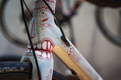 paint job — Mouthing bike frame