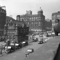 St Enoch station, c 1950 Scotland History, Glasgow Scotland, Scotland Travel, Buchanan Street, Glasgow City, England Uk, Historical Photos, Old Photos, Places To Visit