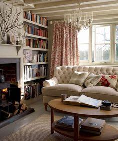 Домашняя библиотека в стиле кантри
