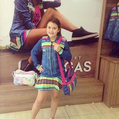 A fofa e simpática Alessandra com nosso look jeans ficou ainda mais linda  Art Stilo quem usa AMA! #Artstilo #fitness #conforto #colors #inverno2016 #colecao #lasvegas #euuso #euamo