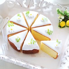 """""""Round baked lemon cake"""" Purubery - recipes and recipes for sweets · bread 【cotta * cotter】 Sweets Recipes, Cake Recipes, Milkshake, Chocolates, Japanese Pastries, Cooking Cake, Fancy Desserts, Cupcakes, Cafe Food"""