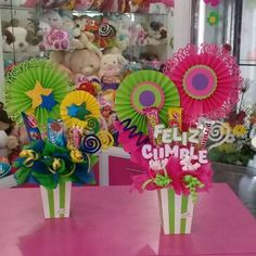 Images about #CreacionesDencantos tag on instagram Gift Bouquet, Candy Bouquet, Bff Gifts, Cute Gifts, Fiesta Decorations, Weird Gifts, Ideas Para Fiestas, Easter Crafts, Craft Gifts