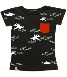 Mini & Maximus Pocket Tee, tiny sharks