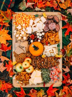 Charcuterie Recipes, Charcuterie And Cheese Board, Cheese Boards, Fall Recipes, Holiday Recipes, Brunch Recipes, Dinner Recipes, Healthy Recipes, Dried Apples