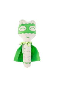 Mini Super Doudou Green: the rattle superhero for baby