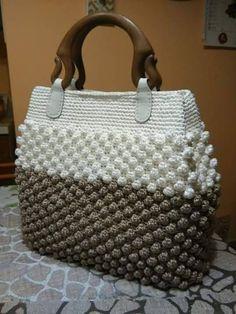 Marvelous Crochet A Shell Stitch Purse Bag Ideas. Wonderful Crochet A Shell Stitch Purse Bag Ideas. Free Crochet Bag, Crochet Shell Stitch, Crochet Market Bag, Crochet Handbags, Crochet Purses, Handmade Handbags, Handmade Bags, Crochet Bag Tutorials, Bag Pattern Free