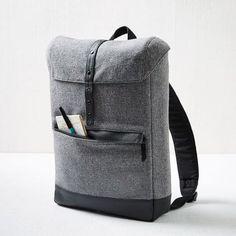 Idée et inspiration Accessoires pour homme tendance 2017 Image Description Hex Tweed Cloak Backpack | West Elm