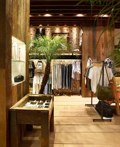 >>>Cheap Sale OFF! >>>Visit>> Limits Ipanema - by Santa Irreverência Container Shop, Boutique Interior, Commercial Architecture, Cool Store, Retail Interior, Retail Shop, New Shop, Visual Merchandising, Store Design