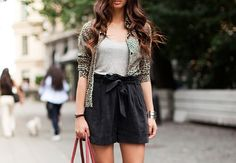 high waisted shorts with a bow<3