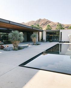 Mediterranean Architecture, Interior Architecture, Zen Design, House Design, Modern Mansion, Terrazzo, Pergola, New Homes, Cottage