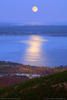 https://flic.kr/p/5wkEnN   Acadia National Park Moonrise  