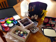 17 Essentials for Your Face Painting Kit (Free PDF Included)