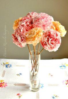 Decora Recicla Imagina …: Cómo hacer flores de papel- How to Make Paper Flowers