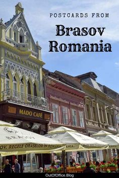 Brasov Romania is a popular tourist destination with cobblestone streets colorful baroque buildings and packed outdoor cafes Europe Travel Tips, Travel Advice, Travel Guides, Travel Destinations, Travel Plan, European Destination, European Travel, Budapest, Brasov Romania