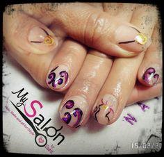 $ 130      Uñas acrílicas sobre uña natural. Acrílico natural.  Mano alzada Ursula de La Sirenita disney. Organic Nails. Desing by Sarii Estrada