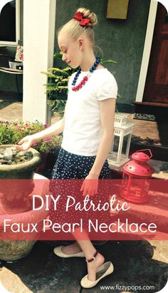 DIY Patriotic Faux Pearl Necklaces. Visit www.fizzypops.com for tutorial and supplies!