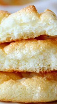 Recipe ~ Pillowy Light Cloud Bread 3 large eggs, separated 3 tablespoons cream cheese, room temperature ¼ teaspoon cream of tartar 1 teaspoon sweetener