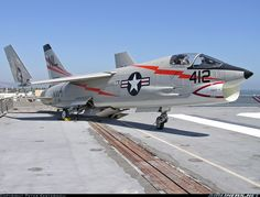 Vought DF-8F Crusader aircraft picture