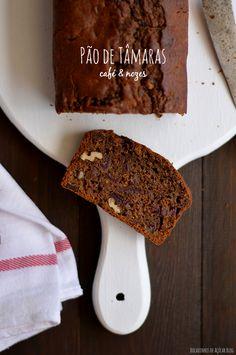 Bocadinhos de Açúcar: Pão de Tâmaras, Café e Nozes