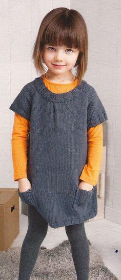Girls' knit dress models - Do it Yourself Clothes Knitting Baby Girl, Baby Girl Crochet Blanket, Knit Baby Dress, Knitting For Kids, Crochet For Kids, Crochet Baby, Baby Girl Dresses Diy, Little Dresses, Girls Dresses