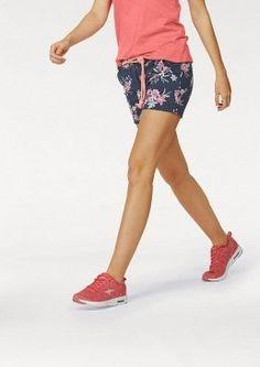 Šortky Kangaroos (vč. opasku) #avendro #avendrocz #avendro_cz #fashion #kratasy #sortky Kangaroos, Bermuda Shorts, Capri, Women, Fashion, Moda, Fashion Styles, Kangaroo, Fashion Illustrations
