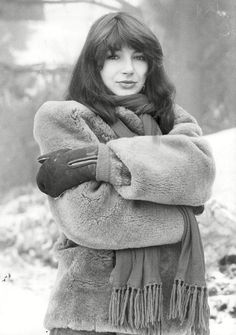 Rare Scans and Photo Thread in Kate Bush General Discussion Forum Hounds Of Love, Uk Singles Chart, Record Producer, Music Artists, The Twenties, Singers, Celebs, Celebrities, Black Limousine