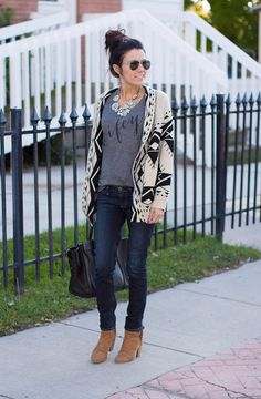 Graphic tee under a tribal cardigan with skinnies. Love.