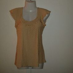 Michael Michael Kors Women Stripped Top MICHAEL Michael Kors Women XS/XP Stripped top flares at the bottom. In great pre-own condition. MICHAEL Michael Kors Tops Blouses