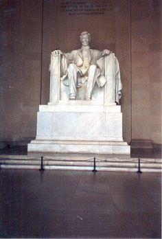Lincoln Memorial Washington DC. (Girls trip)