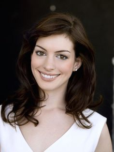 Anne Hathaway.#annehathaway #hotactress http://www.manchimovies.com