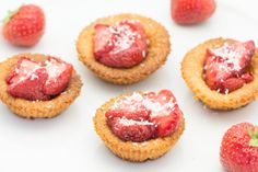 Almond meal cookies with roasted strawberries