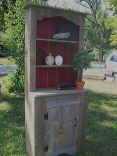 Stepback Hutch with A Country Charm Natural . Much nicer than my current homemade hutch Primitive Furniture, Country Furniture, Recycled Furniture, Diy Furniture, Country Charm, Country Decor, Rustic Decor, Country Living, Puzzle Storage
