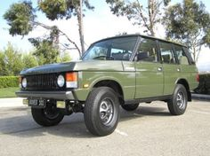 1990 Land Rover Range Classic - Wish we had one of these when searching for the Tree of Life, instead of a Nissan Altima!