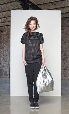 jesuisbelle autumn-winter 14/15 lookbook - black, prism, triangle - Photo: Máté Balázs