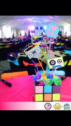Centro de mesa Fiesta 80's