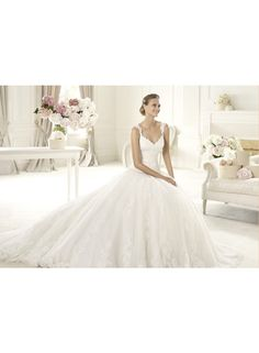 wedding dresses wedding dresses lace a line wedding dresses tea langth empire a-line spaghetti straps chapel train lace wedding dresses we4200