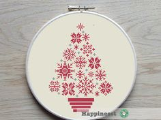 Christmas cross stitch pattern. Modern snowflakes christmas tree. Designed to fit a 9 inch embroidery hoop (stitched on 14 count aida).  Buy 4 patterns and get 25% discount! Place 4 patterns in your cart and enter the code HAPPINESST3AND1FREE at checkout and you get 25% discount.  The pattern comes as a PDF file that youll will be able to download immediately after purchase. In addition the PDF files are available in you Etsy account, under My Account and then Purchase after payment has…
