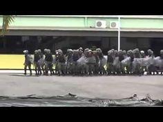"""Exército tropa de choque cantando """"Ataca a Jararaca"""" Cobra """"Dilma Será?"""""""