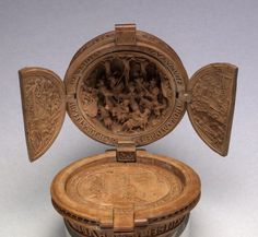 Intricately Carved 16-Century Prayer Nuts Open to Reveal Incredibly Detailed Scenes - My Modern Met