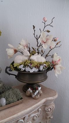 Asian Decor, Spring Flowers, Spring Time, Floral Arrangements, Bunny, Vase, Table Decorations, Easter Decor, Garden