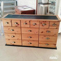 Meuble d 39 atelier tiroirs relook relooking bois atelier for Meuble facon industriel