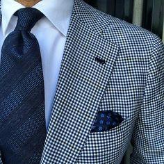 Lovely @violamilano #Elegance #MadeinItaly #Fashion #Menfashion #Menstyle #Luxury #Dapper #Class #Sartorial #Style #Lookcool #Trendy #Bespoke #Dandy #Classy #Awesome #Amazing #Tailoring #Stylishmen #Gentlemanstyle #Gent #Outfit #TimelessElegance #Charming #Apparel #Clothing #Elegant #Instafashion