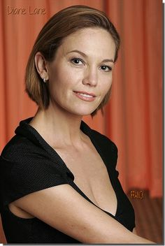 Diane Lane shows off her new, shorter hairstyle at the St. Popular Actresses, Female Actresses, Actors & Actresses, Diane Lane, Female Stars, Celebs, Celebrities, Beautiful Actresses, Hollywood Actresses
