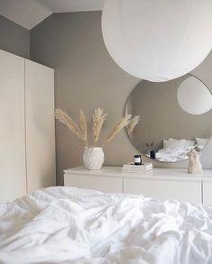 Bedroom Sofa, Room Ideas Bedroom, Home Decor Bedroom, Ikea Bedroom Design, Grey Wall Bedroom, Bedroom Inspo, Minimalist Room, Aesthetic Room Decor, Home Room Design