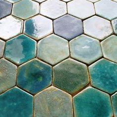 Tile a Mediterranean dream & Etsy The post Tiles- mediterranean dream appeared first on Trendy. Honeycomb Tile, Hexagon Tiles, Hex Tile, Tiling, Mediterranean Bathroom, Mediterranean Kitchen Backsplash, Clay Tiles, Ceramic Tile Backsplash, Art Tiles