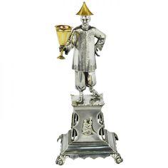 Grande e raro paliteiro de banquete em prata fundida e ..