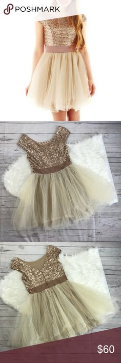 Trixxi Juniors Formal Sequin and Tulle Dress Trixxi Junior's formal dress. Sequin and tulle, capped sleeves, faux belt separator. Blush Gold Sequin with Cream tulle. See images for direct from manufacture measurements. No stains or tears, worn once. Size juniors 7. Trixxi Dresses