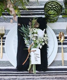 Table Settings By Color | Gracious Style