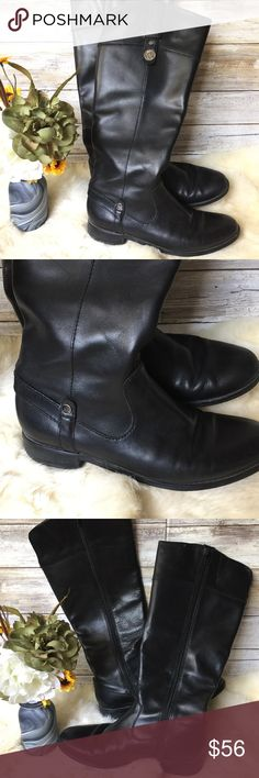 """Anne Klein Riding Boots Anne Klein riding boots. Black with zippers for easy on and off. 1"""" heel. 15"""" overall length. Size 6.5 fit larger like a 7.5-8.   •I don't swap/trade •I don't do holds  •I rarely model due to the fact that I don't fit all items.  •I price with shipping in mind  •I am open to reasonable negotiations  •Bundle for the best deals  ☮   ❤️   😊 Anne Klein Shoes Combat & Moto Boots"""